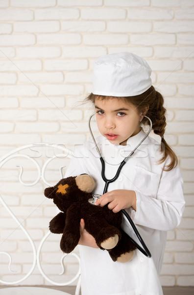 女の子 医師 白 ユニフォーム 聴診器 病気 ストックフォト © sharpner