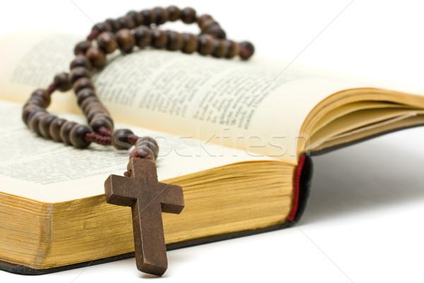 Różaniec święty Biblii biały papieru książki Zdjęcia stock © ShawnHempel
