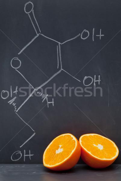 Vitamine c formule Blackboard oranje voedsel model Stockfoto © ShawnHempel