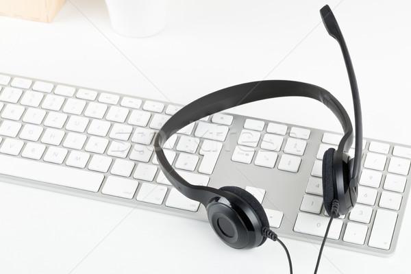 コンピュータ ヘッド マイク コンピュータのキーボード 白 表 ストックフォト © ShawnHempel
