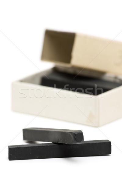 Grafito crayones caja de cartón blanco pintura herramientas Foto stock © ShawnHempel