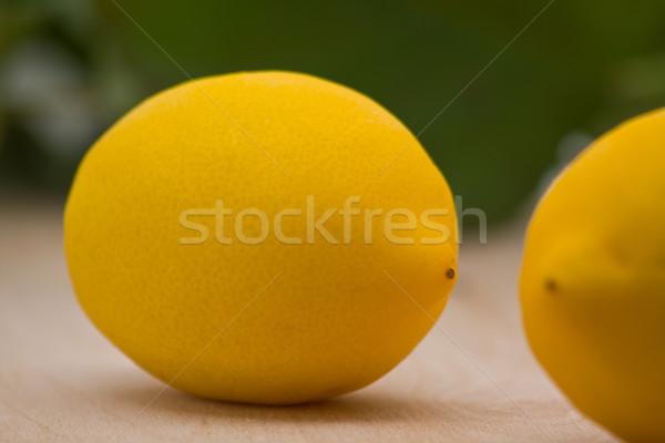Zdjęcia stock: świeże · organiczny · cytryny · pozostawia · drewna · żywności