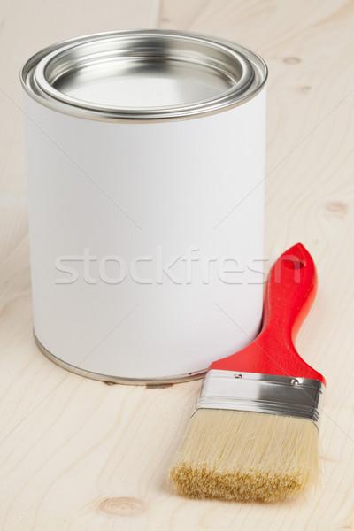 Pintura preparação vermelho paint brush balde de tinta Foto stock © ShawnHempel