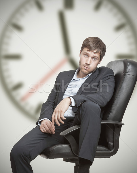 Trabajo frustración frustrado jóvenes hombre de negocios espera Foto stock © ShawnHempel