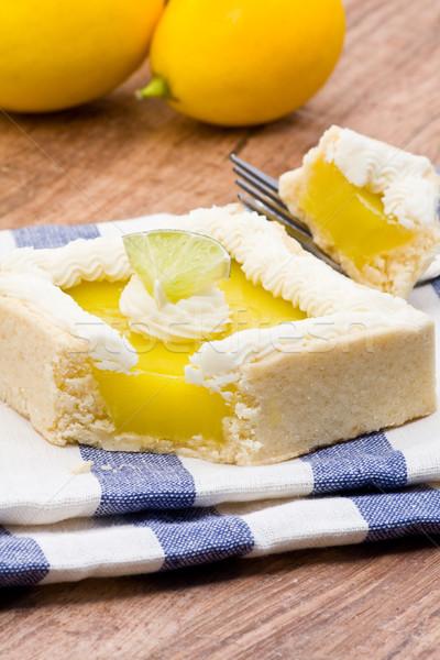 лимона торт деревянный стол свет Сток-фото © ShawnHempel