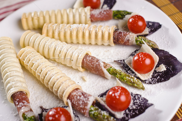 Poucos prato legumes bacon comida Foto stock © shivanetua