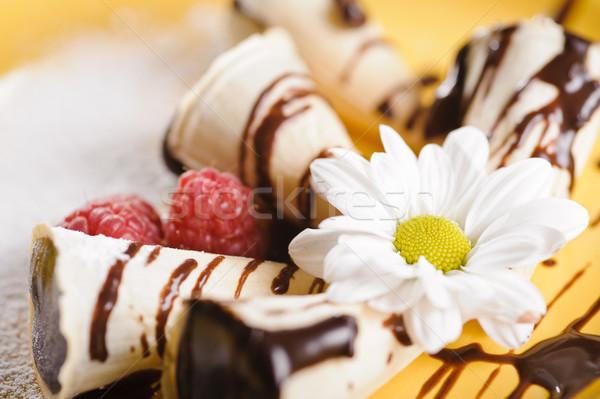 Peça bolo prato frutas camomila Foto stock © shivanetua
