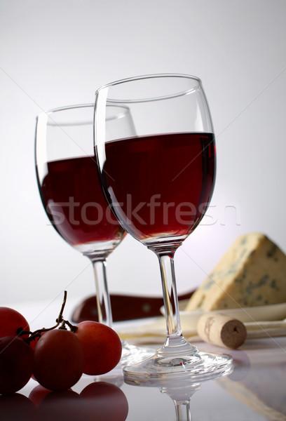 Sajt szőlő vörösbor gyümölcs üveg háttér Stock fotó © shyshka