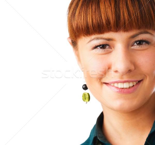 Aranyos vörös hajú nő nő portré boldog fiatal nő mosolyog Stock fotó © shyshka