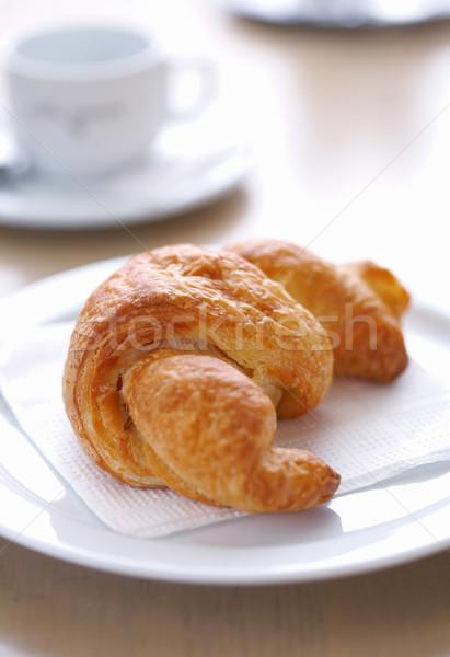 Croissant tányér friss finom fehér szalvéta Stock fotó © shyshka