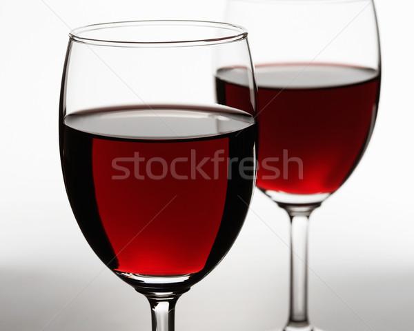Deux vin rouge verres blanche accent première Photo stock © shyshka