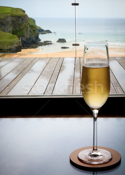 Verre champagne cornwall Resort plage Photo stock © silkenphotography