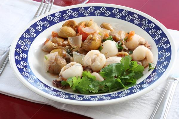 Plato peces ensalada tomate frescos dieta Foto stock © simas2