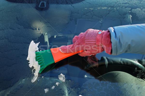 Otomotiv buz temizlik ön cam insan eli Stok fotoğraf © simazoran