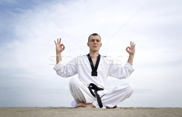 Foto stock: Meditação · moço · mestre · meditando · céu