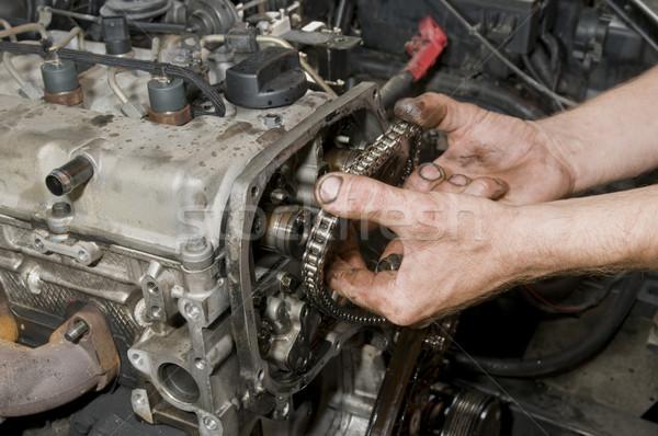 Tamir dizel motor işçi eller çalışmak Stok fotoğraf © simazoran