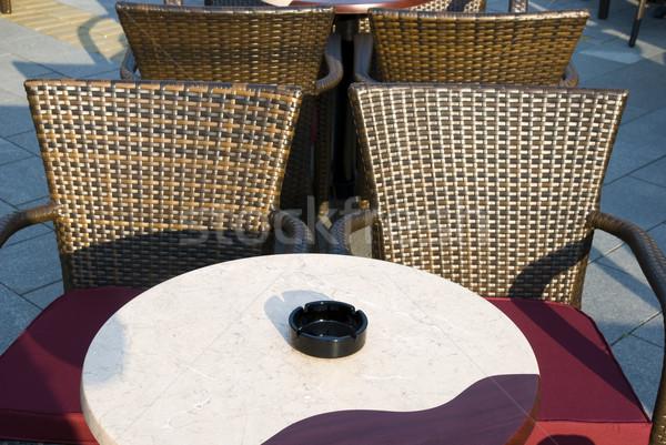 Сток-фото: кафе · стульев · кофейный · столик · избирательный · подход · пепельница · Бар