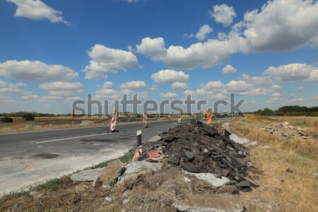 Snelweg weg wederopbouw beschadigd asfalt klein Stockfoto © simazoran