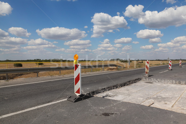 шоссе дороги реконструкция дорожных знаков Blue Sky облака Сток-фото © simazoran