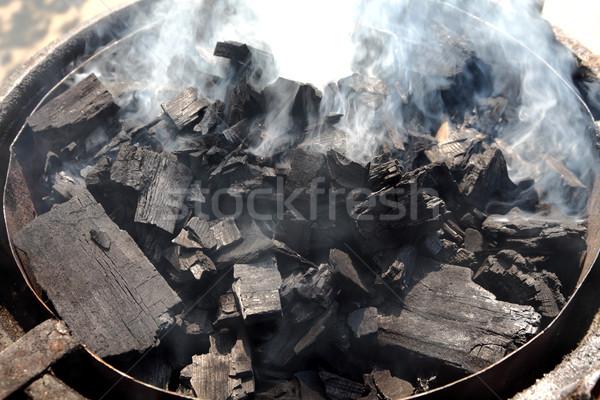 ストックフォト: 木製 · 石炭 · 燃焼 · 木炭 · バーベキュー