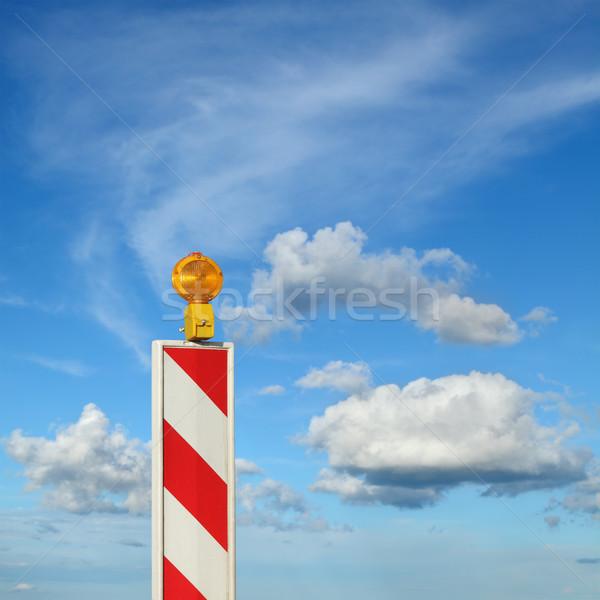 Verkeersbord blauwe hemel wolken hemel weg werk Stockfoto © simazoran