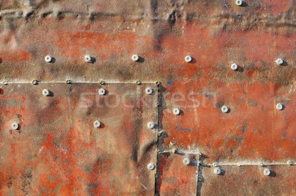 Vecchio metal grezzo arrugginito rosso colorato Foto d'archivio © simazoran