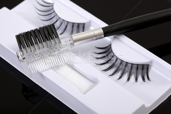 Maquillage artificielle brosse noir Photo stock © simazoran