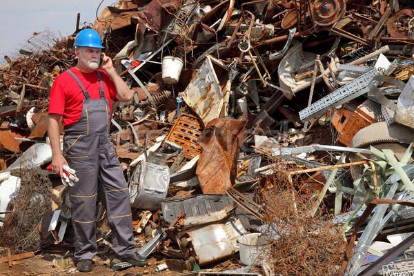 Recycling industrie hoop oude metaal werknemer Stockfoto © simazoran