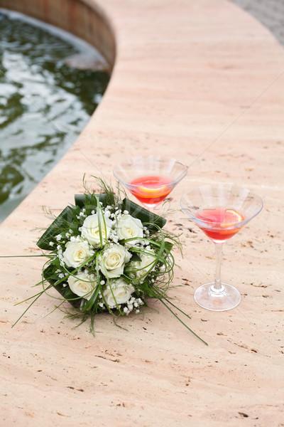 Wedding scena bella spose bianco rose Foto d'archivio © simazoran
