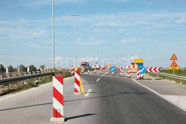 Snelweg wederopbouw verkeersborden bouw werk veiligheid Stockfoto © simazoran