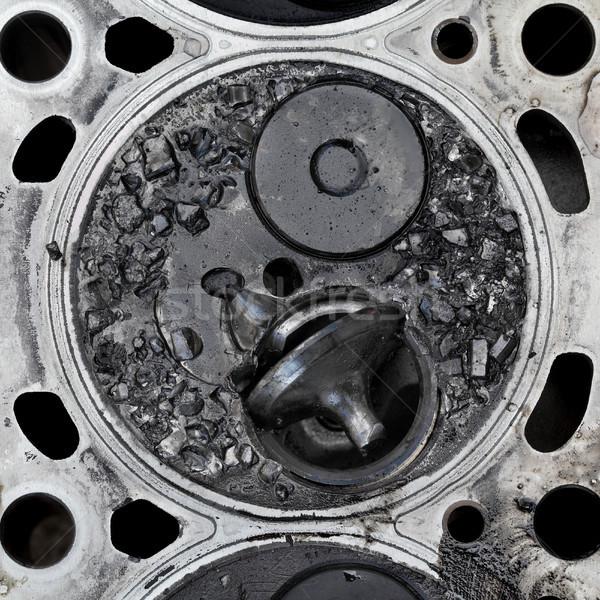 Kırık valf araba motor silindir kafa Stok fotoğraf © simazoran