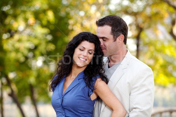 Liefde paar man vrouw tonen genegenheid Stockfoto © SimpleFoto