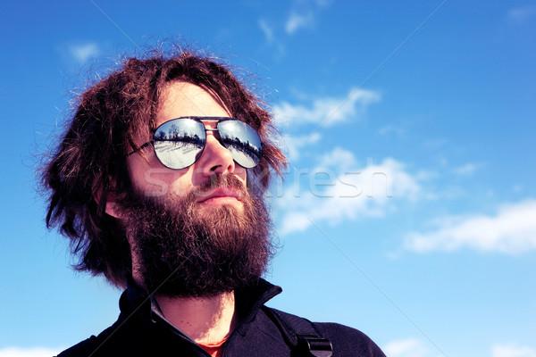 Maschio avventuriero completo barba retro occhiali da sole Foto d'archivio © SimpleFoto