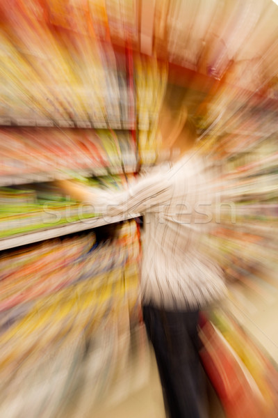Shopping donna acquisto scelta Foto d'archivio © SimpleFoto