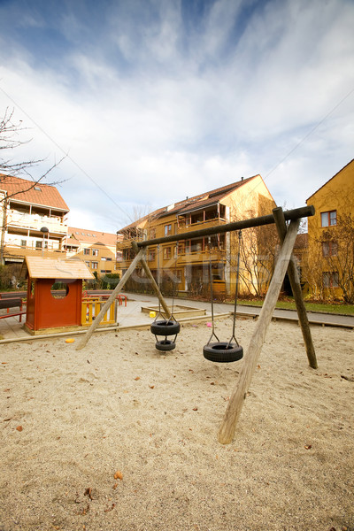 Swing set appartamento costruzione città urbana Foto d'archivio © SimpleFoto