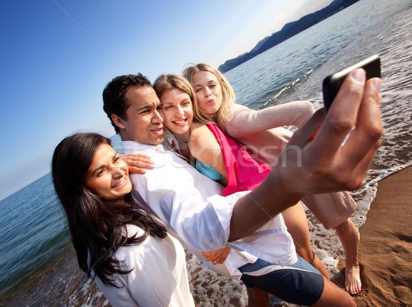 Stockfoto: Zelfportret · groep · mobiele · telefoon · meisje