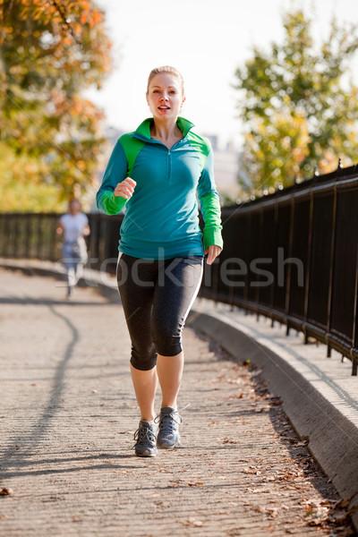 女性 ジョグ ジョギング 公園 少女 幸せ ストックフォト © SimpleFoto
