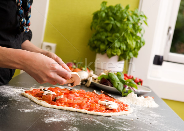 Foto stock: Caseiro · italiano · estilo · pizza · jovem · feminino