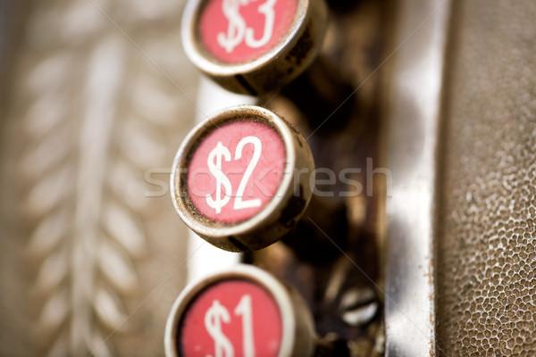 Rétro bouton dollar sale caisse enregistreuse peu profond Photo stock © SimpleFoto