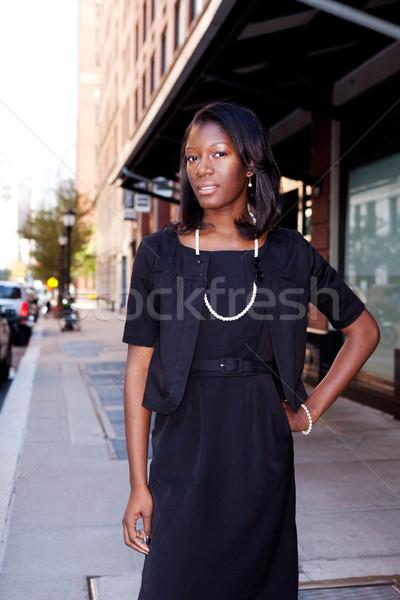 Foto stock: Africano · americano · mulher · de · negócios · urbano · mulher · menina · cara