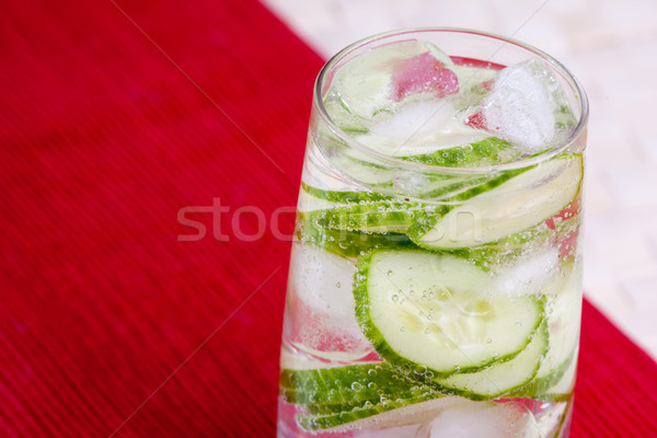 Uborka víz ízletes szénsavas ital tavasz Stock fotó © SimpleFoto