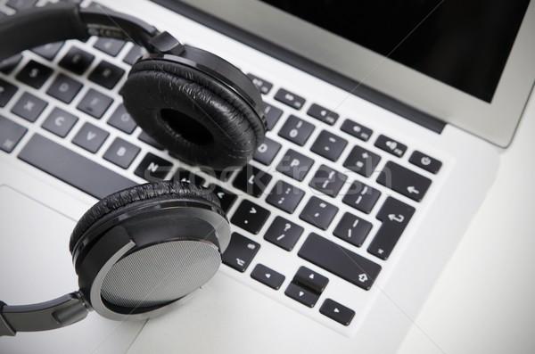 Áudio fone laptop sem fio fones de ouvido Foto stock © simpson33