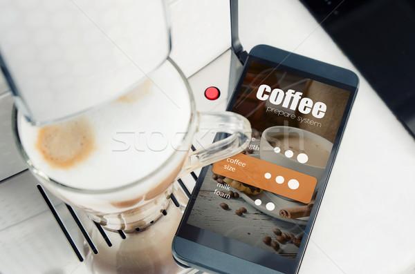 Koffie smartphone moderne koffiezetapparaat Stockfoto © simpson33