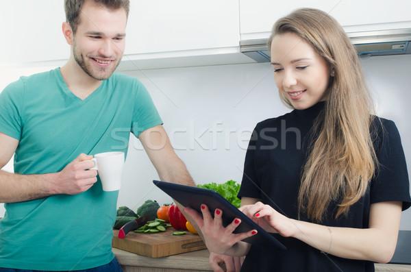 молодые люди приготовления кухне проверить Top Сток-фото © simpson33