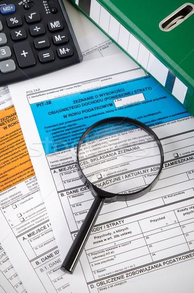 Közelkép jövedelem adó asztal könyvelő papír Stock fotó © simpson33