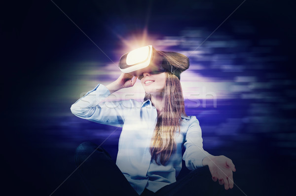 Stok fotoğraf: Kadın · sanal · gerçeklik · gözlük · içinde