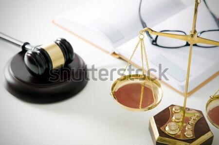 Droit marteau justice symbole avoué tribunal Photo stock © simpson33