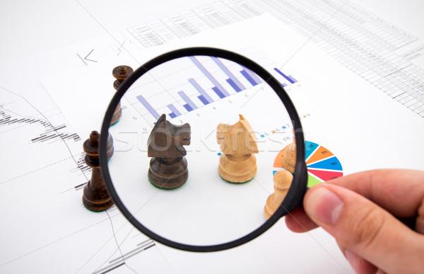 üzlet nagyító sakkfigurák színes sakk bank Stock fotó © simpson33