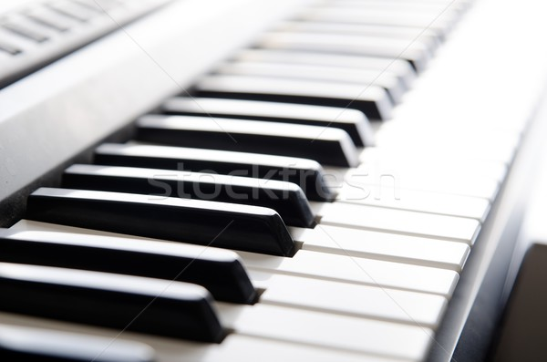 Touches de piano électronique clavier instrument de musique instrument Photo stock © simpson33
