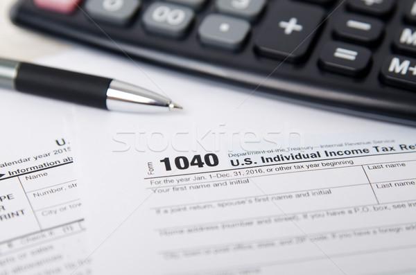 Imposto forma 1040 caneta calculadora lei Foto stock © simpson33